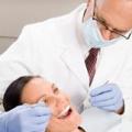 Стоит ли протезировать зубы во время беременности? /