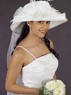 Свадебная мода 2012 - модные платья для ярких невест /