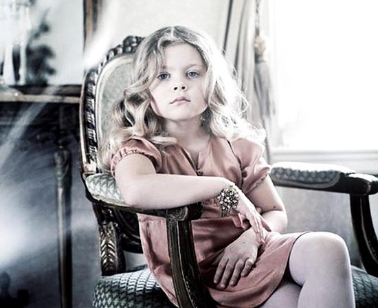 Старинная роскошь в новых нарядах для девочек от Pale Cloud /  Мама /