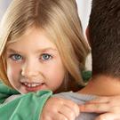 Почему папы больше любят дочек? /  Мама /
